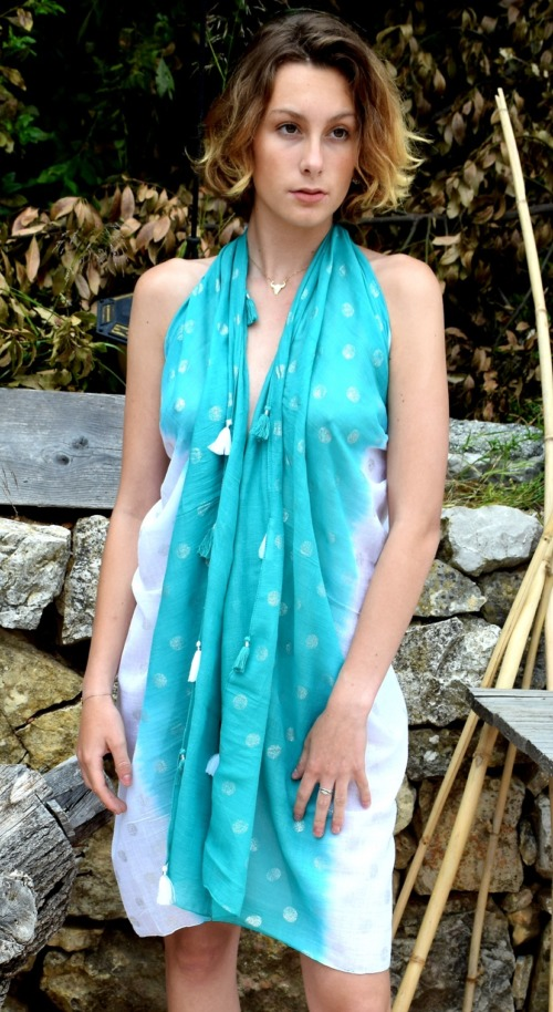 Paréo tie and dye turquoise
