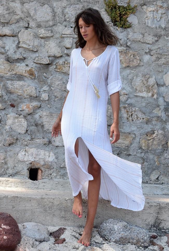 Robe fendue blanche